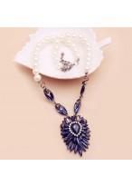 Pearl Dark Blue Crystal Flower Short Collar Bone Necklace