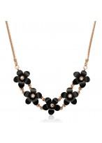 Fashionable Camillia Short Azure Stone Necklace