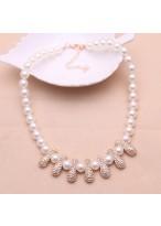 Pure White Pearl Diamond Inlaid Peanut Short Collar Bone Necklace