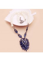 Pearl Dark Blue Crystal Flower Short Collar Bone Necklace