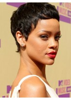 Rihanna's Kurze Kappenlose Hitzebeständige Synthetischeperücke